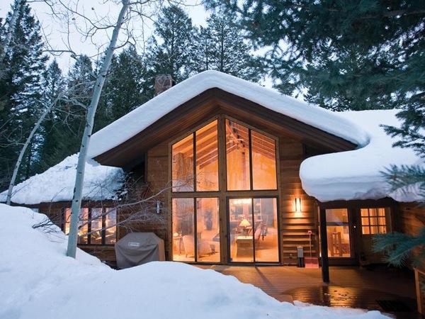 $3,200,000 for a Ski Lover's Cabin in Wyoming