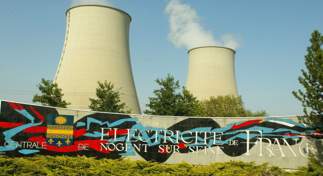 042709 French Nuclear Plants p1