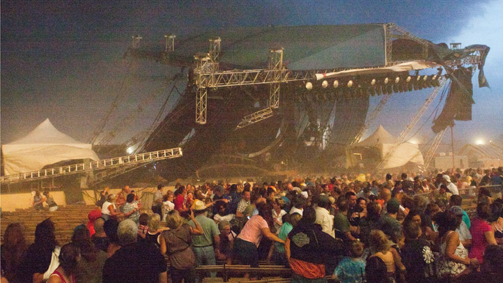 081411 stage collapse