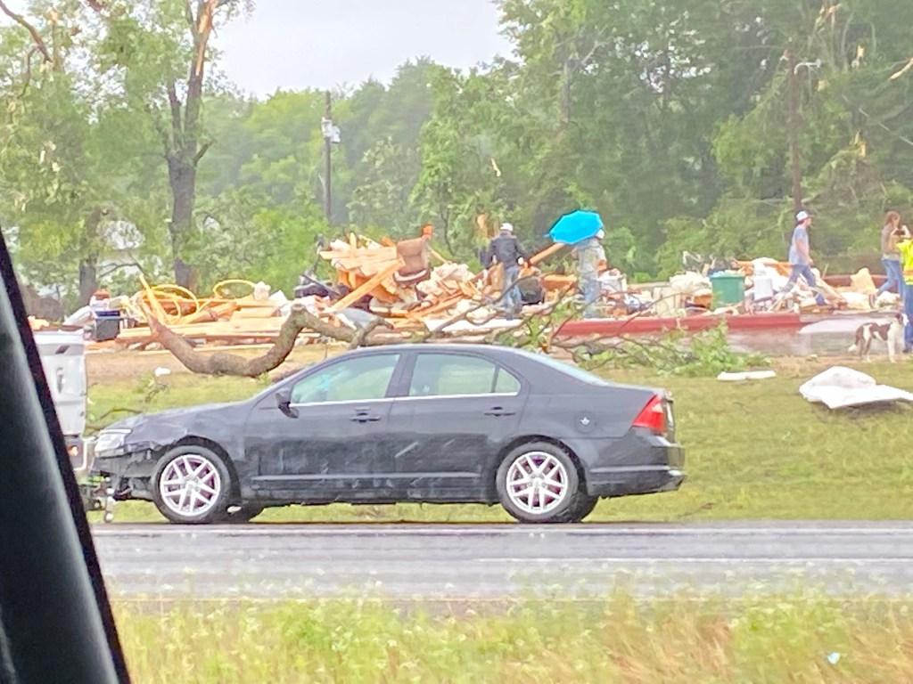 [UGCDFW-CJ-weather] Tornado hits Malakoff