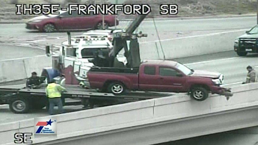 35E-frankford-road-truck-crash