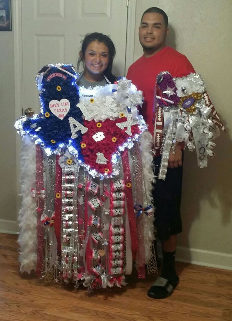 Homecoming Mums Becoming Even More Texas Sized Nbc 5 Dallas Fort