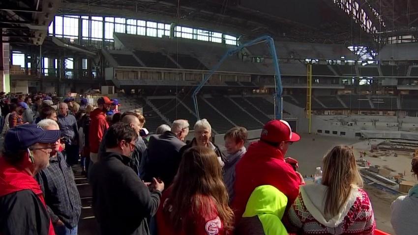Fans Get Sneak Peek of New Rangers Ballpark