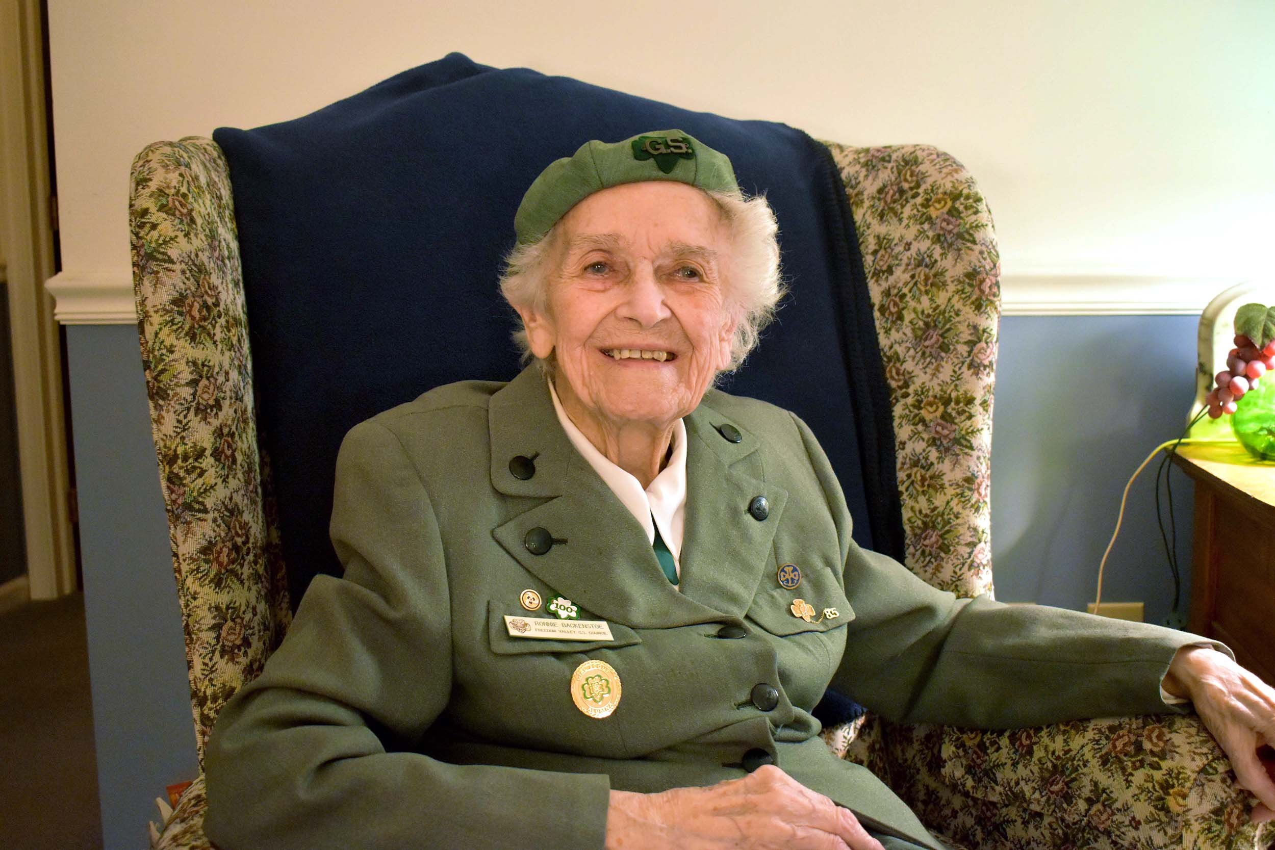 98-Year-Old Girl Scout Has Been Selling Cookies Since 1932