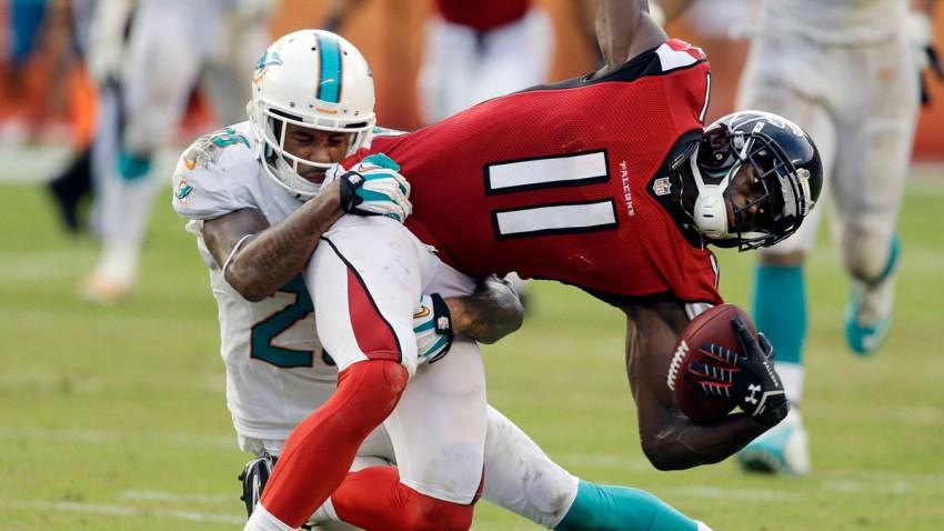 APTOPIX Falcons Dolphins Football