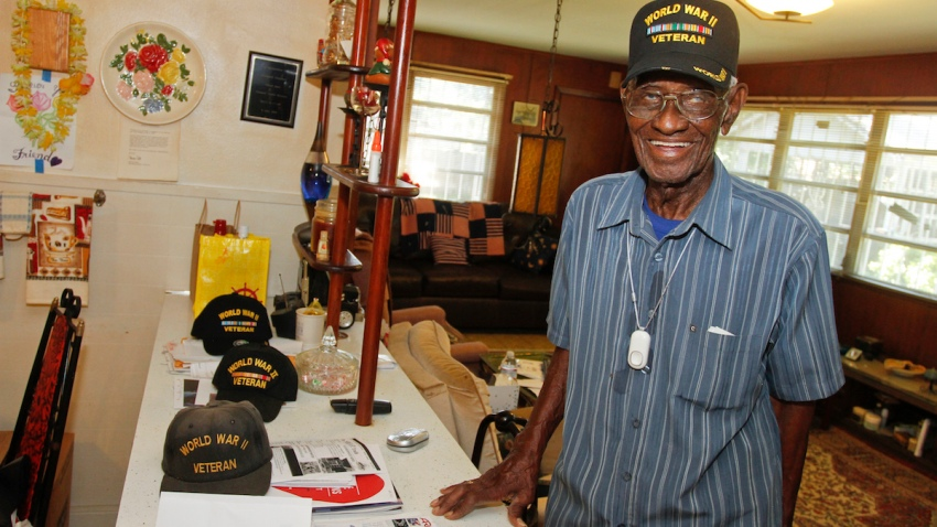 Free Philips Lifeline for Oldest U.S. Veteran