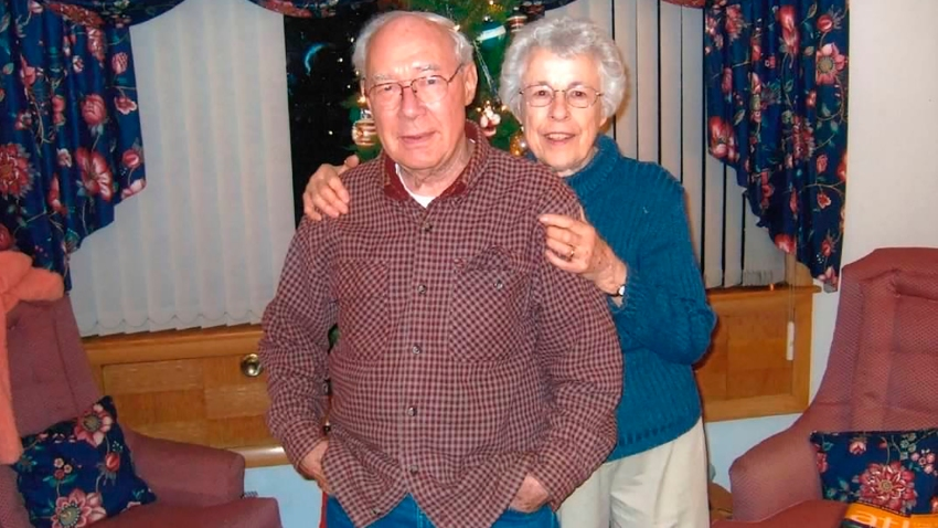 This Nov. 17, 2014 photo provided by Michael Kepler shows Wilford and Mary Kepler at their home in Wauwatosa, Wis.