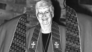 Marj Carpenter, who pushed international missionary work while briefly leading the nation's largest Presbyterian denomination in the mid-1990s following a journalism career in West Texas that included covering millionaire swindler Billie Sol Estes, has died. She was 93.