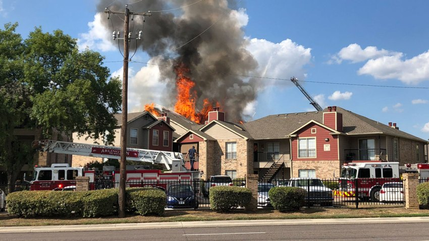 Arlington-apartment-fire