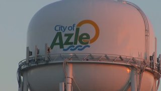 Azle Water Tower 010114