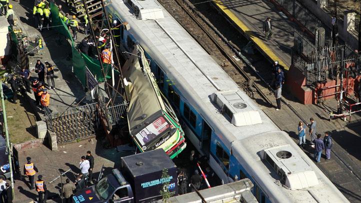 Argentina Bus Train Crash 091311