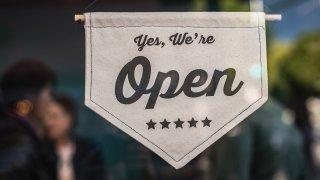 yes we're open sign atrestaurant