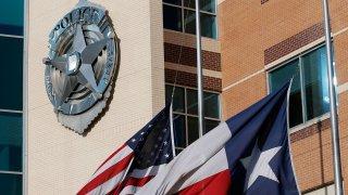 Jack Evans Dallas Police Headquarters (AP Photo/Tony Gutierrez)