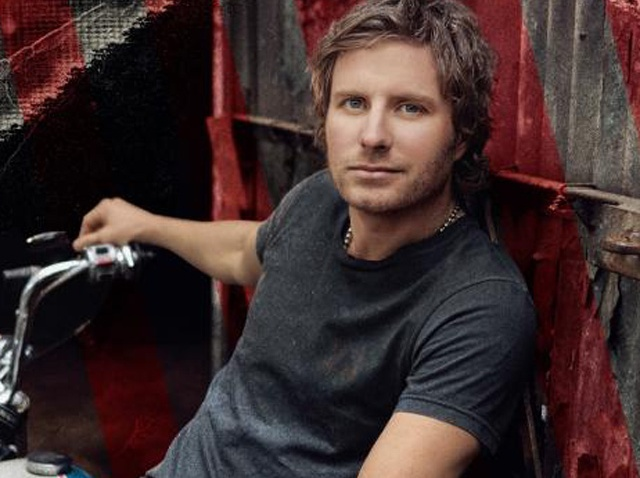 Dierks-Bentley-2
