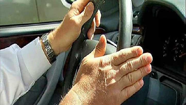 Driver-Steering-Wheel-0327