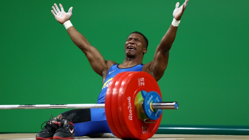 631396605MH00457_Weightlift