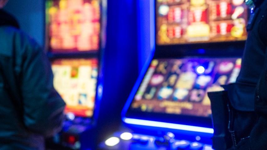10 Gambling Machines Seized in Dallas: Police