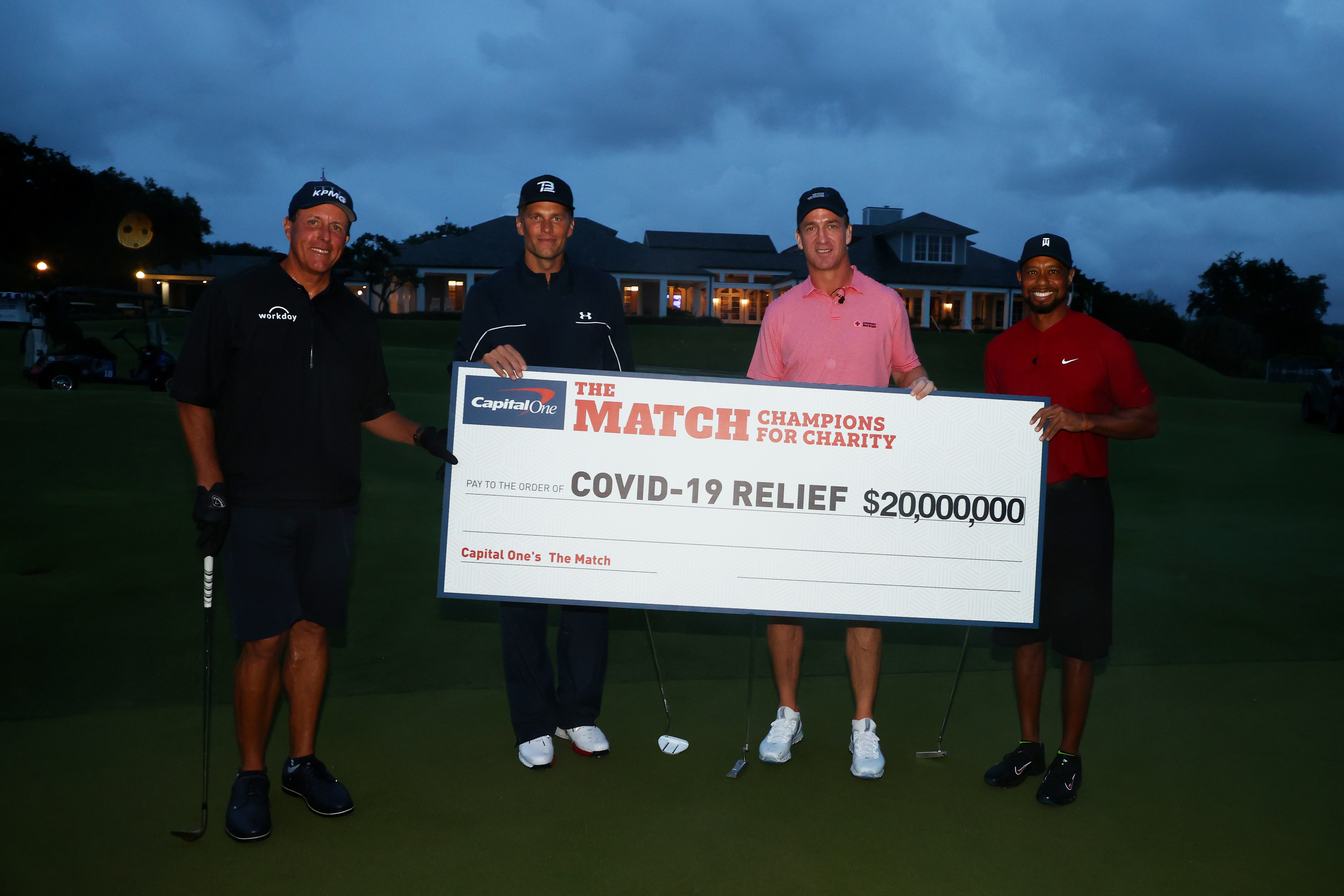 Woods, Manning Win Over Brady, Mickelson in Golf Charity Match as Good as Real Thing