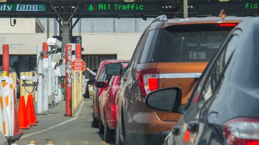 Otay Mesa Border Cars in Line