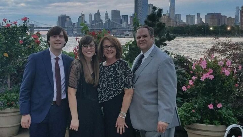 Man Marks 2 Weeks on Ventilator; Family Makes Plea for Plasma Donors