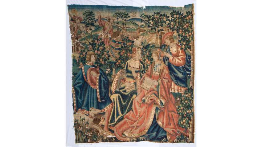 Hitler-Tapestry-Auctioned