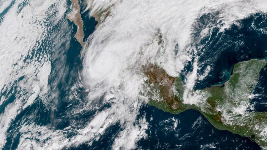Hurricane-Willa-Mexico-