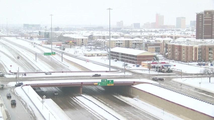 Lubbock Snow 120918