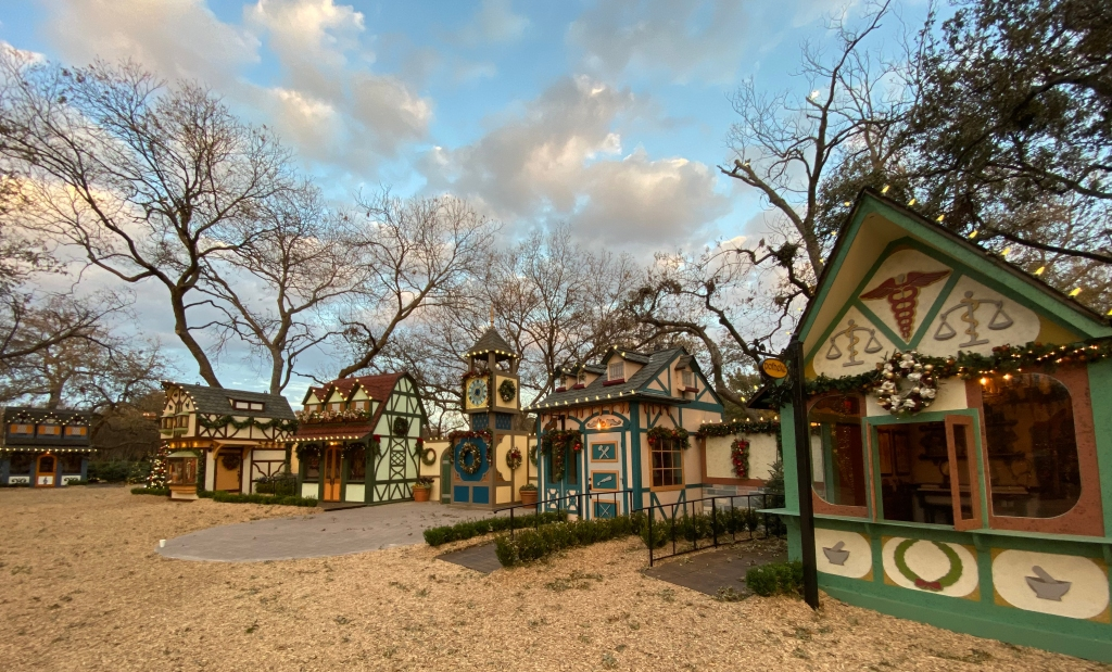 More houses will be added to the Dallas Arborteum's Christmas village.
