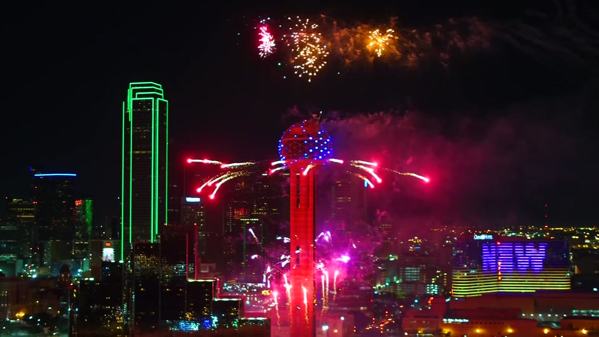 Countdown to 2020 Fireworks at Reunion Tower