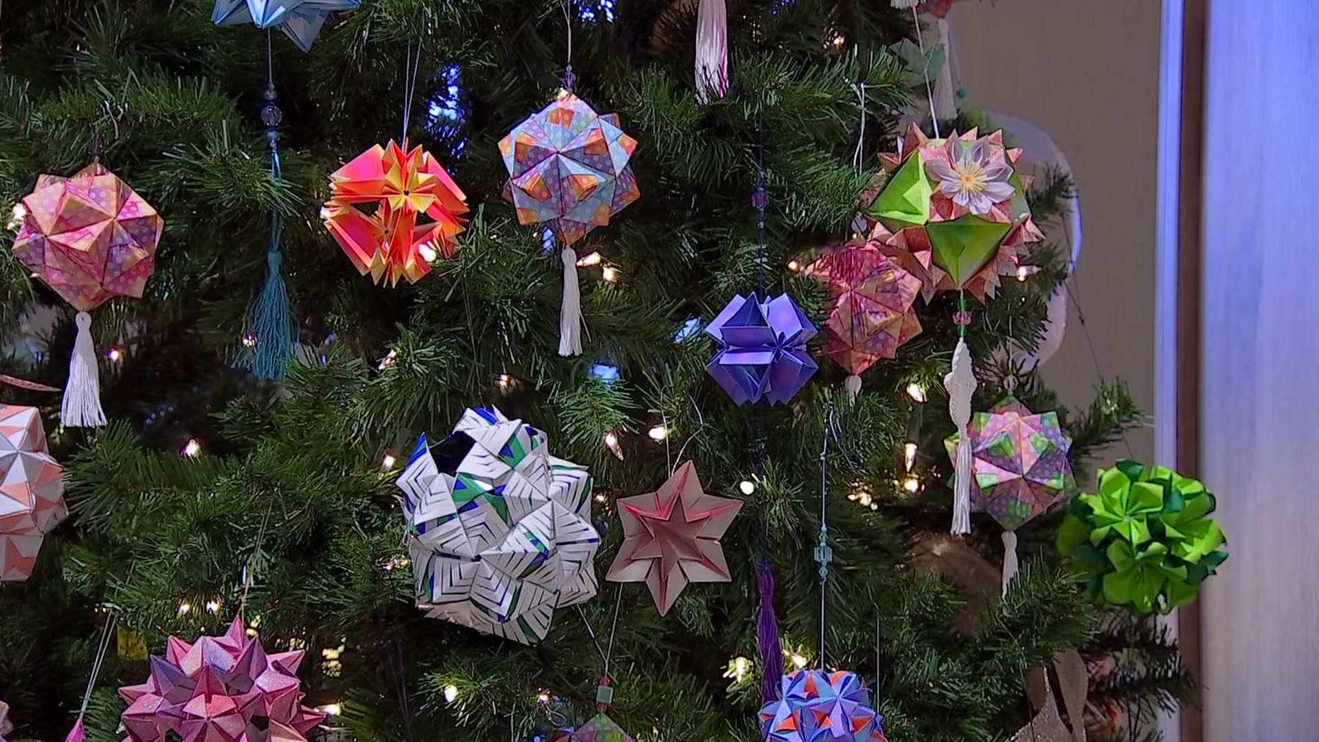 Origami Christmas Ornaments Are Easy to Make - DIY Candy | 1080x1920