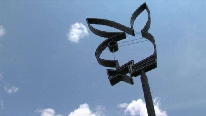 Playboy-Sign-closeup