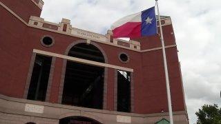 Rangers red up - Globe Life Park in Arlington