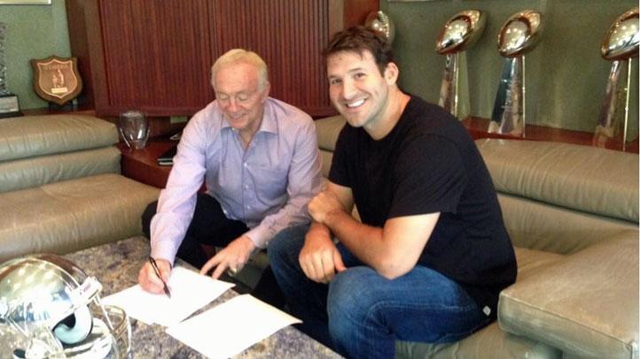 Romo-Inks-Deal
