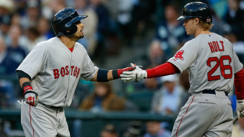 TLMD-Red-Sox-Shane-victorino-brock-holt-Getty-Images-473387310