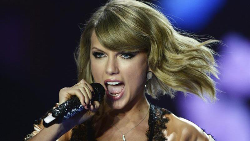 Taylor-Swift-EFE