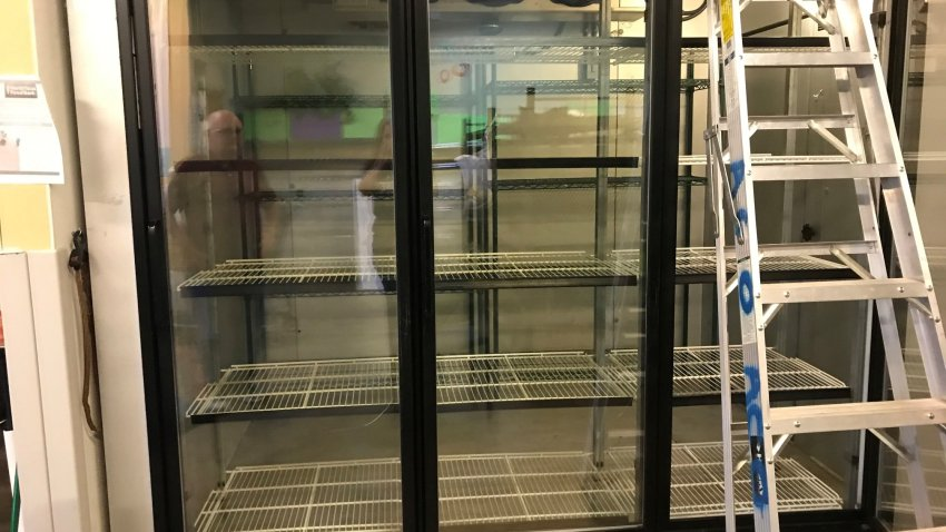 A North Texas food pantry needs help. A freezer at the Allen Community Outreach had a glitch over the Christmas holiday and all the food spoiled.