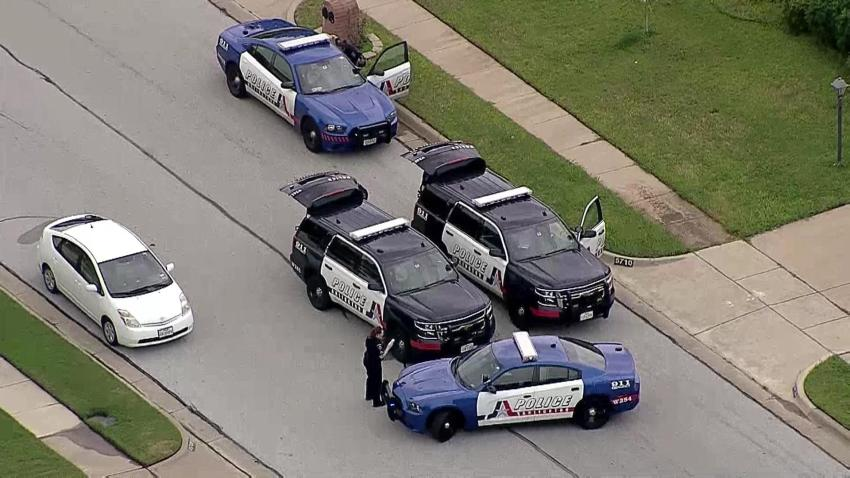 Burglary Leads to Short Chase in Arlington