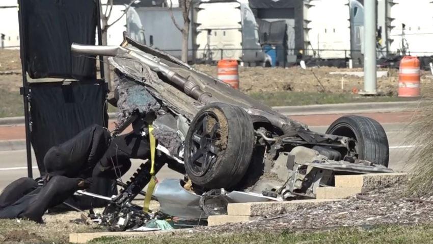 2 Dead in Single-Vehicle Crash in Grand Prairie