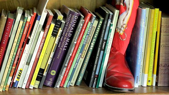 books_722x406_1965702157.jpg