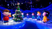'A Charlie Brown Christmas' ICE! Exhibit Opens at Gaylord Texan Resort