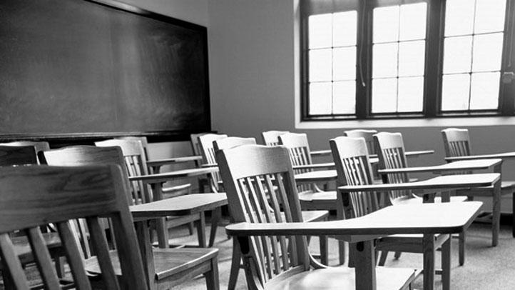classroom-b-w