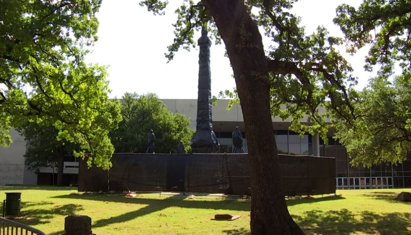 Late Friday night, a state of Texas appeals court cleared the way for the city of Dallas to remove a Confederate war memorial in Pioneer Park.