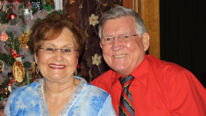 Couple Married for 50 Years Die Minutes Apart From Coronavirus While Holding Hands