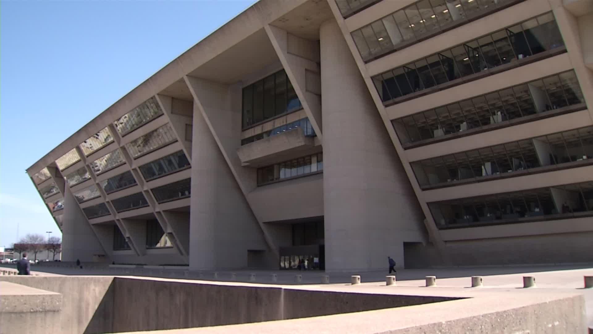 Dallas City Hall Closed to the Public