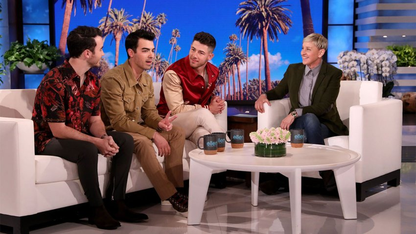 Ellen and the Jonas brothers