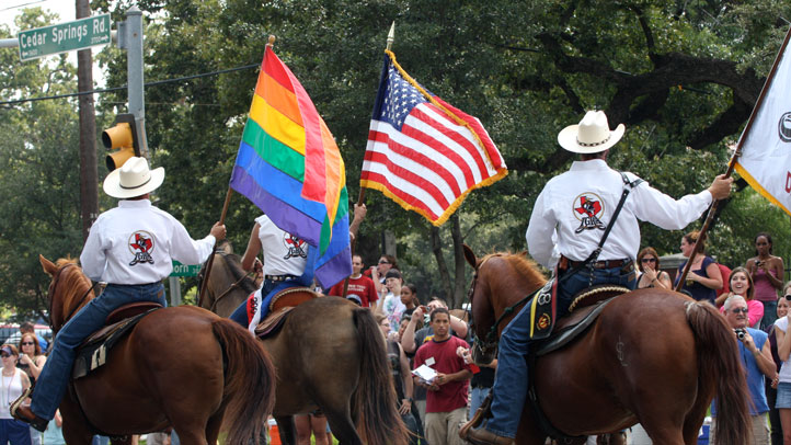 gay-pride-parade-2008