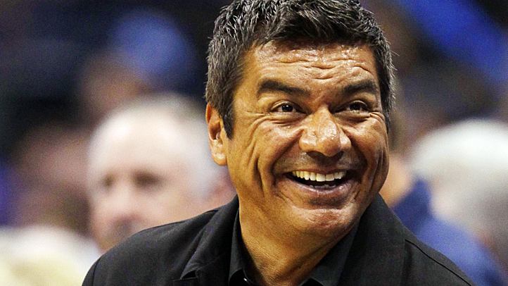 george-lopez-lead-heat-mavs-722