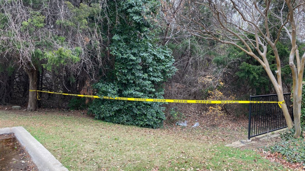 """Medical examiner records say Omar Deleon Gonzalez, 35, was found dead at about 9:51 a.m. with """"sharp force injuries"""" in the 800 block of East Dove Loop Road."""