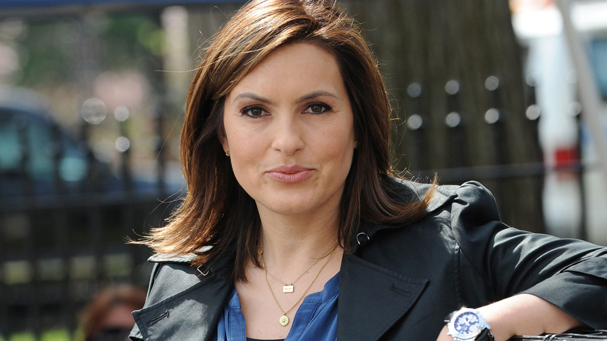 'Law and Order: SVU' Teases Returning Stars, Benson's Troubles to Come in Season 21