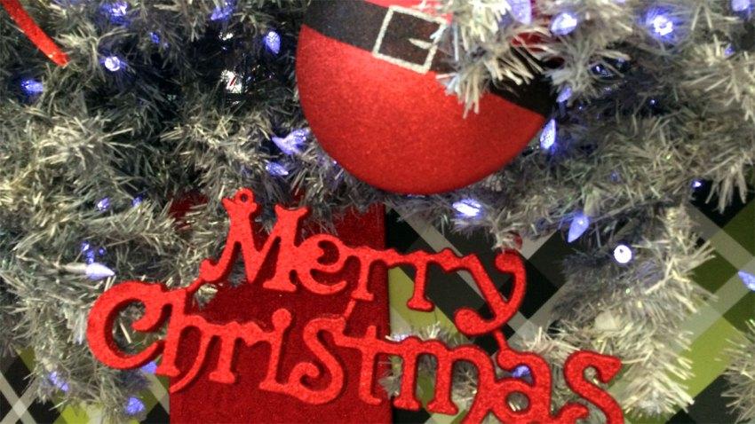 merry-christmas-ornaments